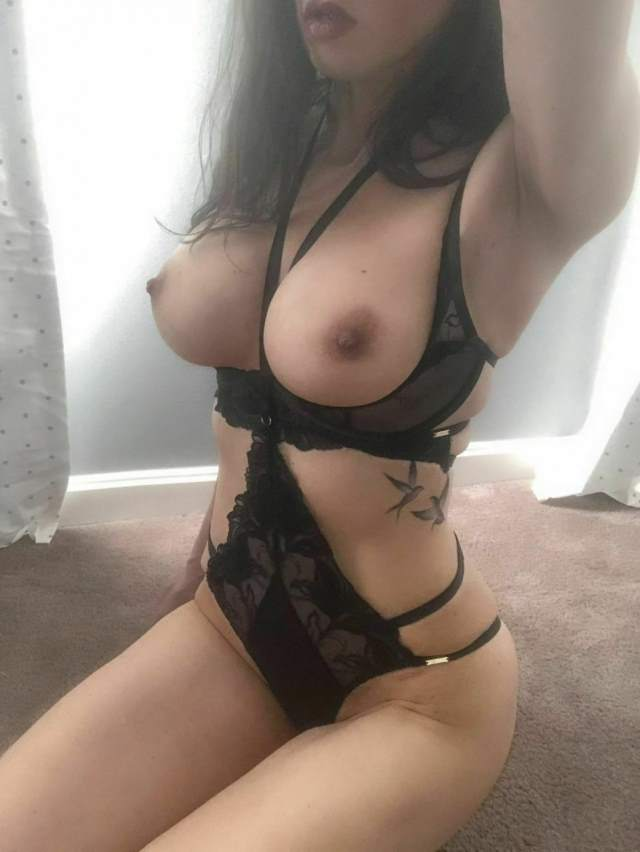 the big boobs in black lingerie